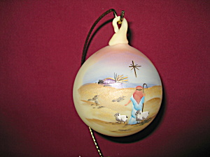 Fenton Silent Night Burmese Blown Ornament (Image1)