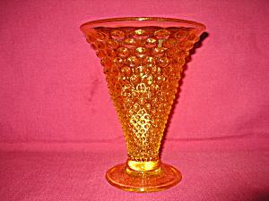 Fenton Hobnail Vase in Buttercup (Image1)