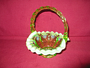 Fenton Key Lime Colonial Basket (Image1)