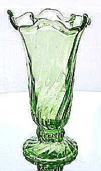 Fenton Jolly Green Colony Swung Vase