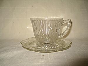 Iris & Herringbone Cup & Saucer (Image1)