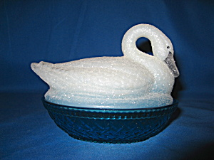 Fenton Blue Lagoon Nested Swan Box