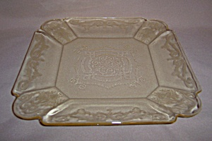 YELLOW LORAIN BASKET LUNCHEON PLATE (Image1)