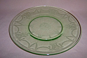 GREEN CAMEO BALLERINA LUNCHEON PLATE (Image1)