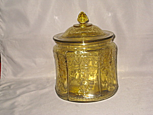 AMBER PATRICIAN SPOKE COVERED COOKIE JAR (Image1)