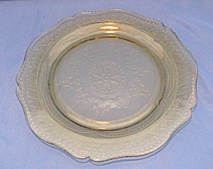 AMBER PATRICIAN DEPRESSION DINNER PLATE (Image1)