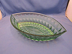 Green Windsor Depression Oval Boat Bowl