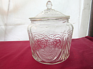 CRYSTAL ROYAL LACE COVERED COOKIE JAR    (Image1)