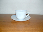 Click here to enlarge image and see more about item G550: AMERICAN SWEETHEART MONAX CUP & SAUCER