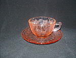 Click here to enlarge image and see more about item GR158: PINK FLORAL POINSETTIA CUP & SAUCER