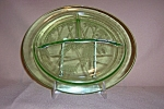 Click here to enlarge image and see more about item GR244: GREEN SYLVAN PARROT GRILL PLATE