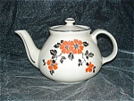 Click here to enlarge image and see more about item GS149: HALL RED POPPY NEW YORK TEAPOT