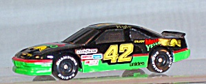 #42 Kyle Petty Mello Yellow 1:64