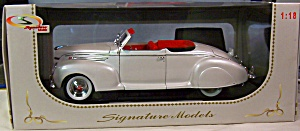 1939 Lincoln Zephyr Convertible 1:18th (Image1)