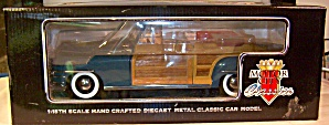 1948 Chrysler Town and Country Woody 1:18th (Image1)