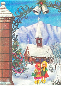 Two Little Girls Walking In Snow 3-d Postcard Cs0483