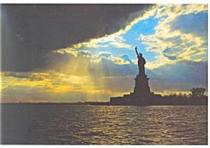Statue of Liberty, Liberty Island, NY Harbor Postcard cs0696 (Image1)