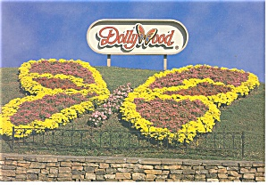 Pigeon Forge,TN, Dollywood Postcard (Image1)