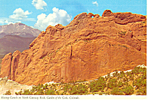 Garden Of The Gods Co Kissing Camels Postcard Cs0893