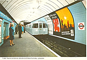 London Tube Train Seven Sister Station Cs11890