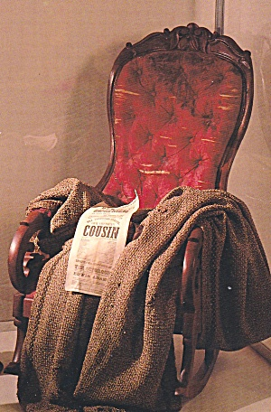 Henry Frord Museum Michigan Lincoln s Ford.s Theater Chair Postcard 13010 (Image1)
