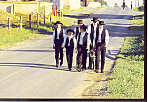 Amish Boys Walking To Church Postcard Cs1808