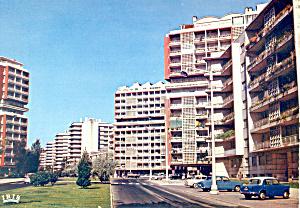 Lisbon Portugal Street Scene Postcard cs1889 (Image1)