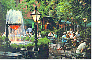 Pat O'Briens Patio, New Orleans, LA Postcard (Image1)
