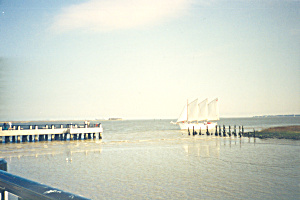 Sail Boat Entering Harbor cs4534 (Image1)