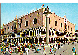 The Palace Of The Doges Venice Italy Postcard Cs5592