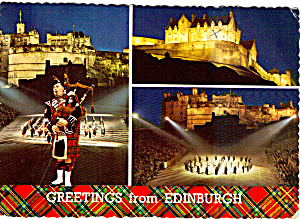 Bagpiper Castle View in Edinburgh Scotland Postcard cs5717 (Image1)