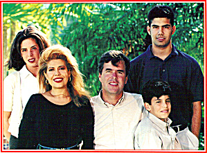 Jeb Bush and Family Christmas Card cs6570 (Image1)