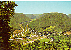 US 15 Over Stream Valley Mountain Postcard cs6736 (Image1)