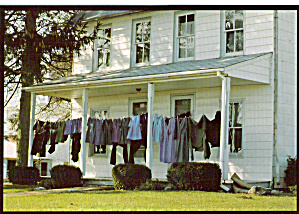 Amish Home with Clothesline on Porch Postcard cs7016 (Image1)