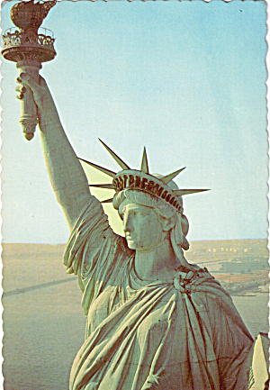 Statue of Liberty Head and Upraised Arm with Torch New York City cs7509 (Image1)