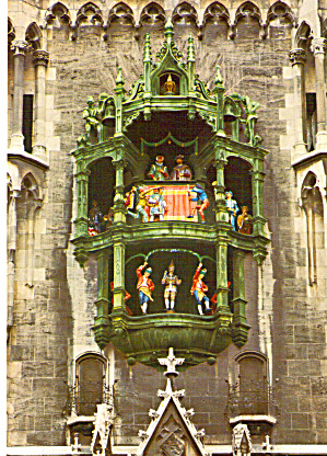 Chimes of Bells on the City Hall Munich Germany cs7604 (Image1)