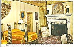 Hearst Castle California Bedroom in Casa Del Mar Interior cs8287 (Image1)
