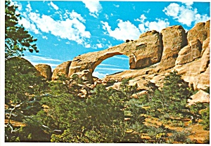 Arches National Park, Utah, Skyline Arch (Image1)
