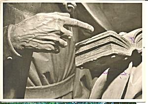 Nurnberg Germany Sebalduskirche Hand Andreas Velt Stoss cs8465 (Image1)