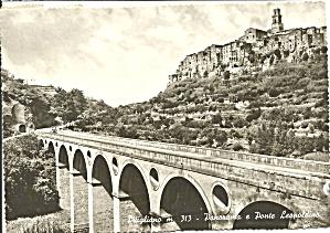 Pitigliano, Italy Panorama e Ponte Leopoldino (Image1)