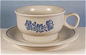 Pfaltzgraff  Yorktowne Cup/Saucer (Image1)
