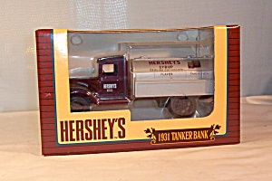 Ertl Hersheys Syrup 1931 Tanker Truck Bank (Image1)