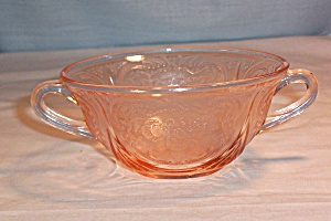 Royal Lace Pink Cream Soup (Image1)