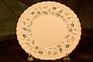 Royal Doulton-Wavery Luncheon Plate (Image1)