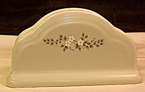 Pfaltzgraff Heirloom Napkin Holder (Image1)