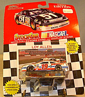 #19 Loy Allen Hooters Nascar  Diecast 1:64 (Image1)