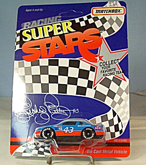 #43 Richard Petty STP  Match Box Super Stars Race Car (Image1)