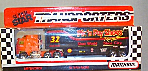 #32 Pic'n Pay Shoes Racing  Dale Jarrett Matchbox 1:64 Diecast (Image1)
