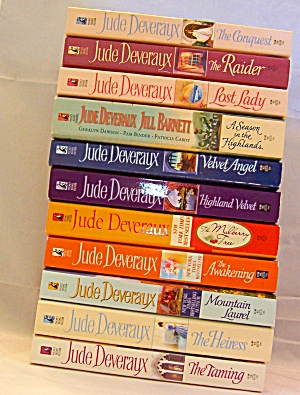 Lot 11 Jude Deveraux Paperbacks