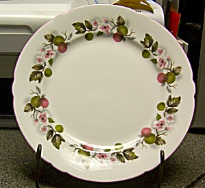 Shelley Wild Apple Luncheon Plate (Image1)